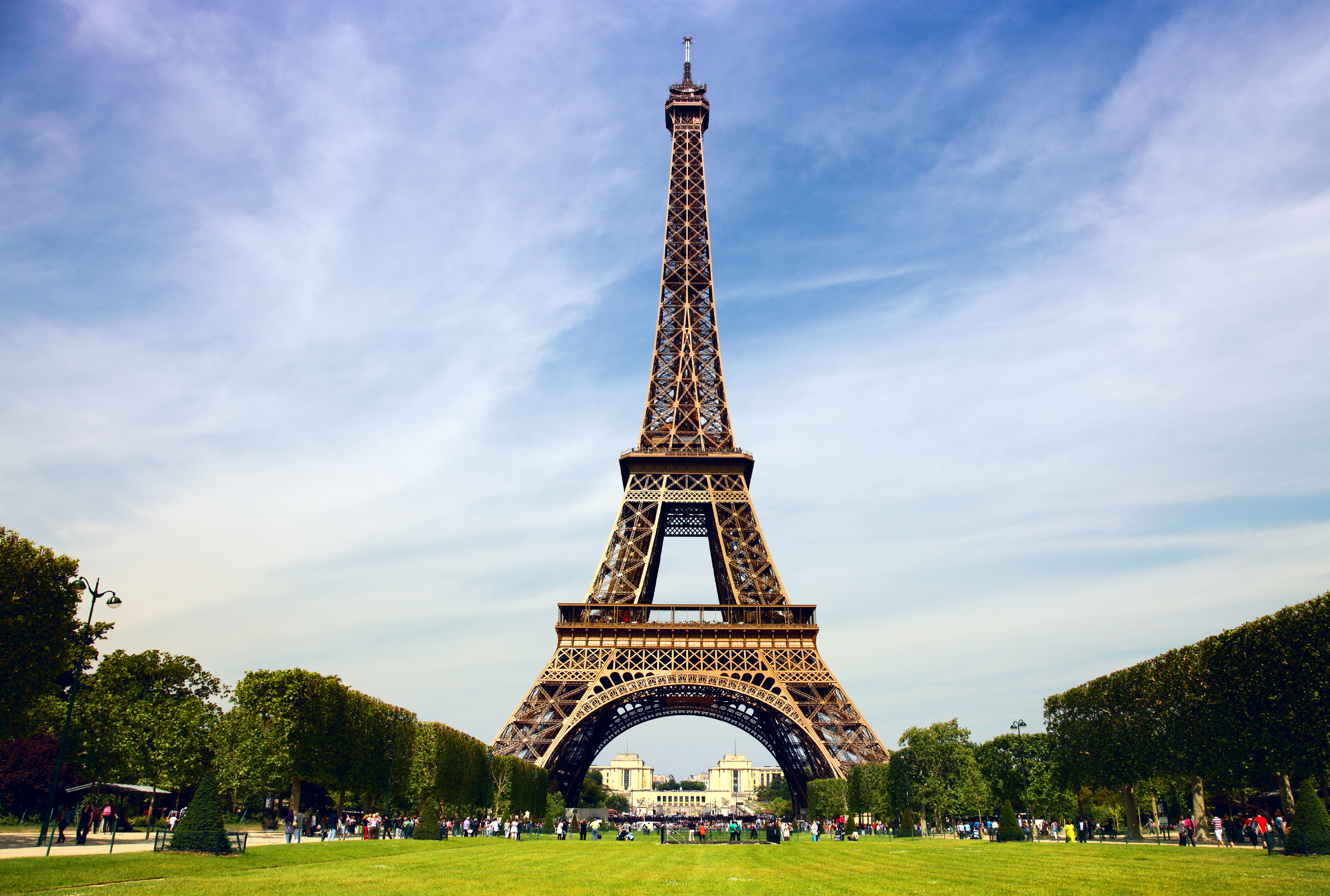 Interesting Facts about Eiffel Tower in Hindi
