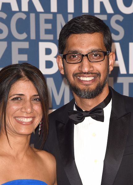 sundar pichai with wife anjali in Hindi
