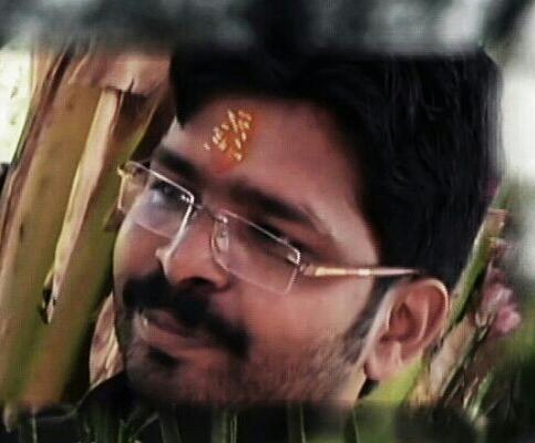 Vijay-yadav-gazabhindi-1